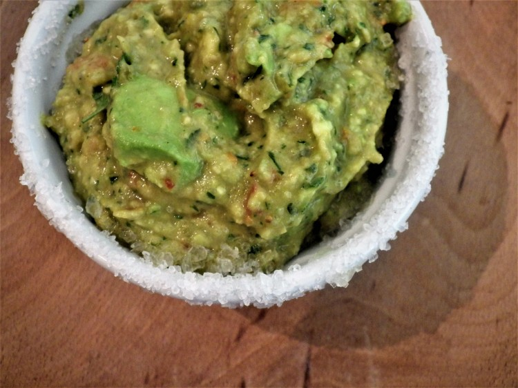 how to make easy fiery chilli guacamole recipe