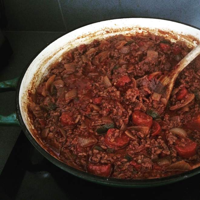 chilli, chilli con carne, how to make chilli con carne, chilli con carne recipe, chorizo recipes, beef recipes, food blog, food bloggers
