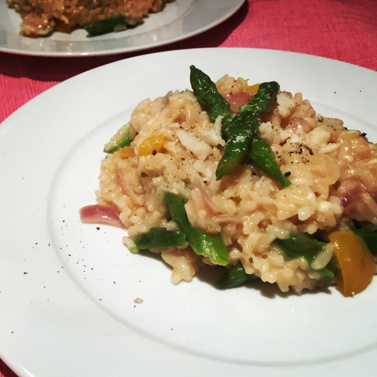 food, plates and places, plates and places blog, food bloggers, foodie, recipes, risotto, risotto recipe, how to make risotto, vegetable risotto, goats cheese, asparagus, cheese, cheese recipes, goats cheese and asparagus risotto, how to make risotto