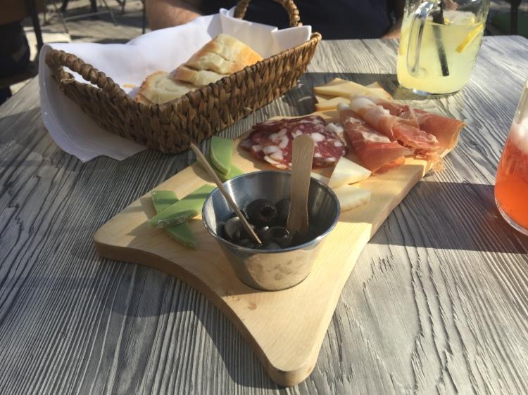 what to do in ljubljana, what to eat in ljubljana, ljubljana holiday, travel slovenia, travel blogger, food blogger, lake bled