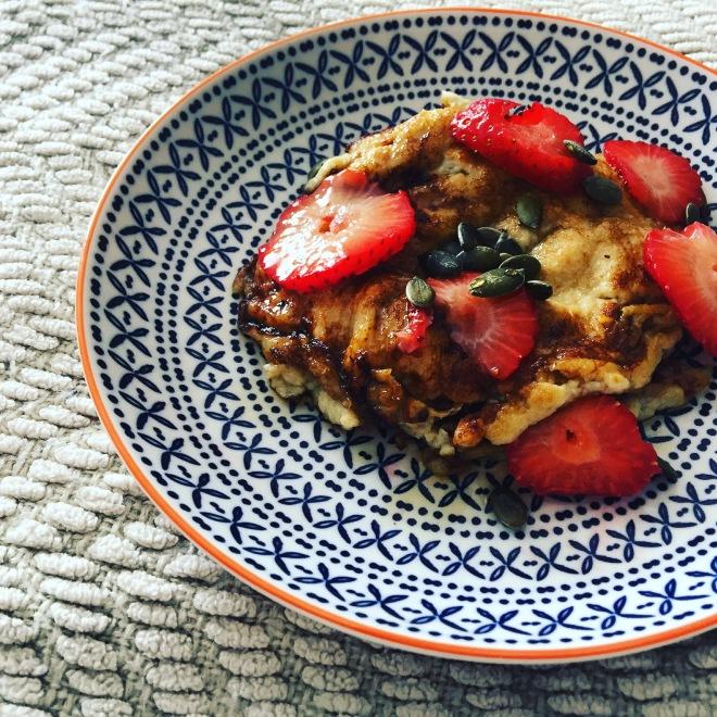 pancake recipe, easy pancake recipe, banana pancakes, banana pancake recipe, how to make banana pancakes, healthy banana pancakes, healthy breakfast ideas