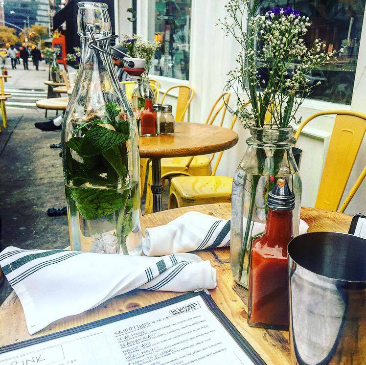best brunch in new york, best brunch in nyc, where to eat in nolita, the butchers daughter nolita, the butchers daughter brunch review, vegan brunch in new york, travel blogger, food blogger, plates and places
