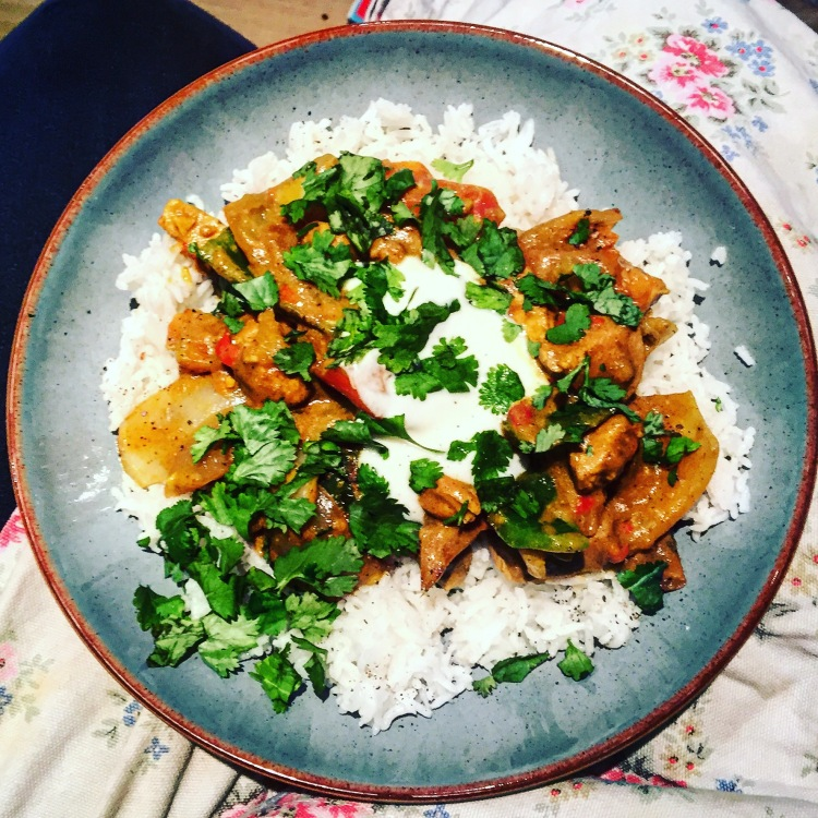 Easy Chicken Jalfrezi Recipe Plates And Places