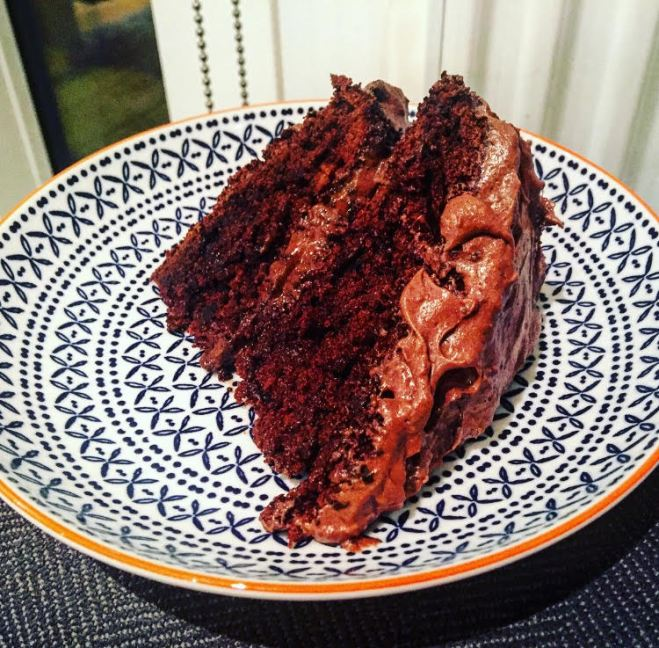 best double chocolate cake recipe, chocolate and coffee cake recipe, chocolate cake with chocolate buttercream recipe, plates and places, food blogger