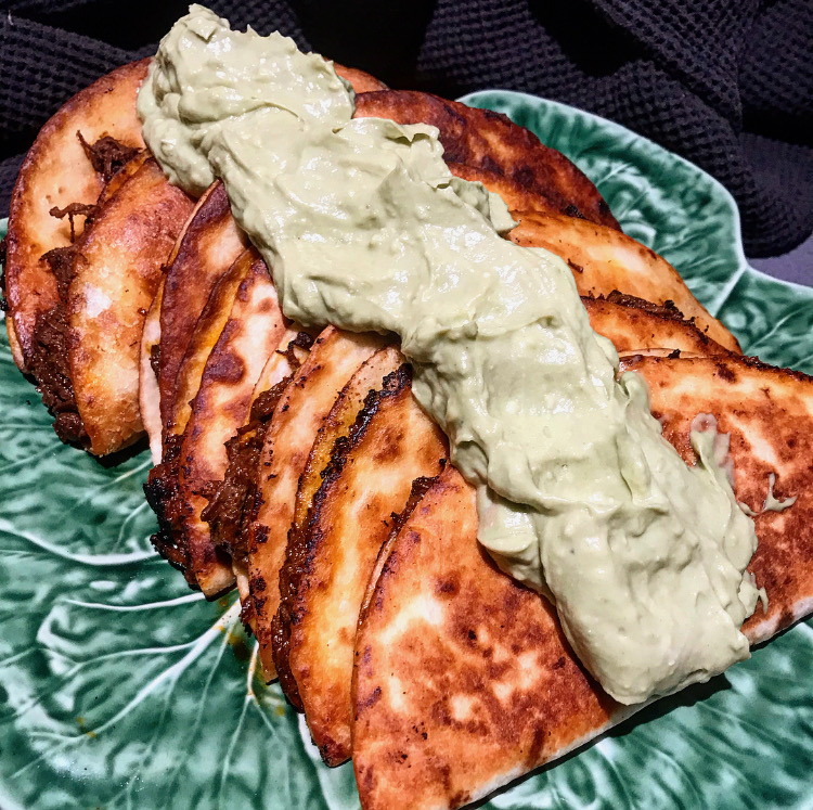 slow cooked beef quesadillas, beef and blue cheese quesadillas recipe, blue cheese and avocado dip sauce cream, avocado sauce ideas, mexican beef recipes